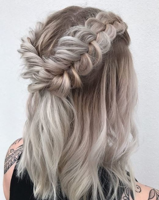 Awesome 10 braids for short hair to fall in love with Short Hair Styles With Braids Inspirations